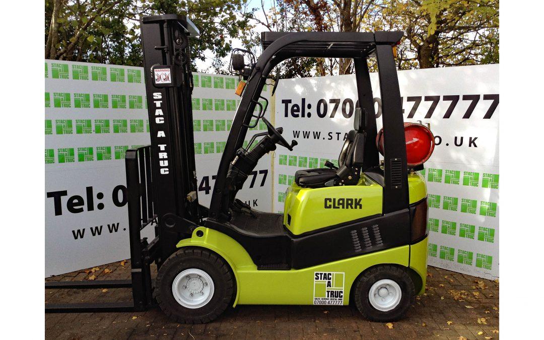 CLARK C15
